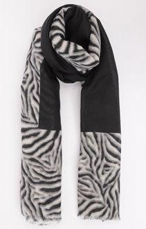 Foulard fin chaud avec imprimé zebre