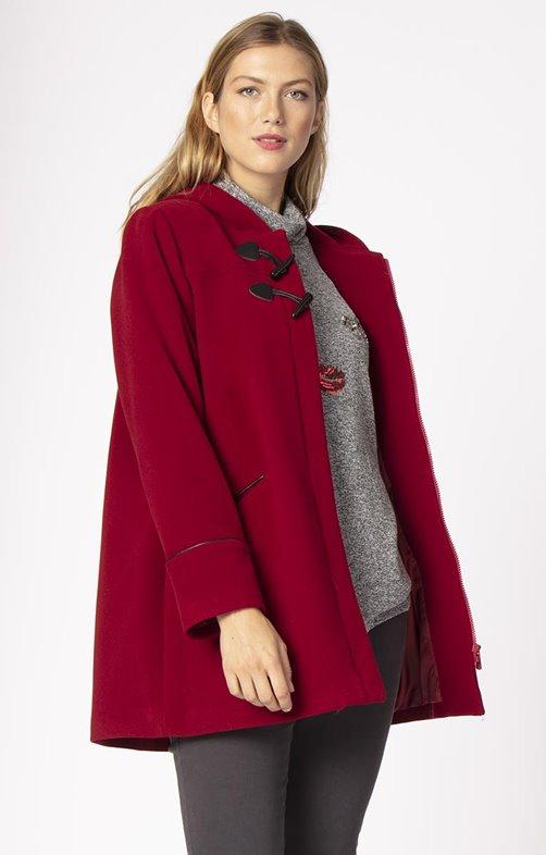 Au chaud dans mon manteau rouge